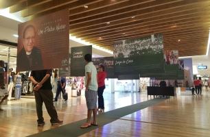 Plaza Shopping faz exposição em homenagem a padre Edwaldo Gomes