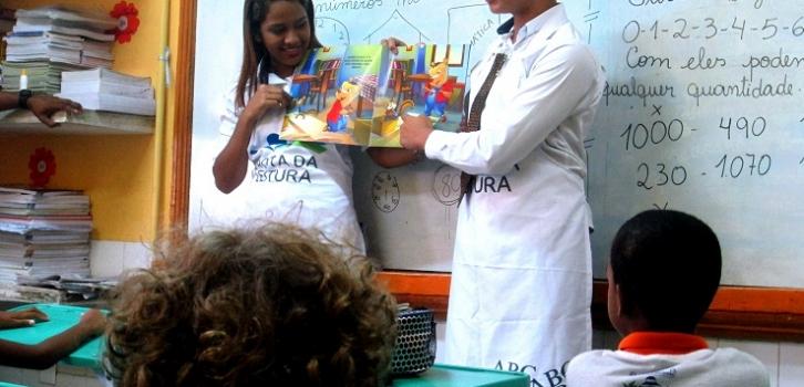 Rota da leitura leva histórias de Monteiro Lobato para escola do Cabo de Santo Agostinho